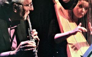 Met harpiste Renske de Leuw
