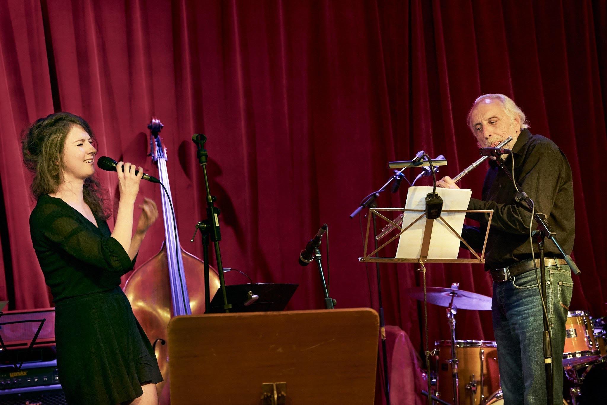 Duet met Esther van Maanen tijdens Solfestice 21.06.2020/©Peter van Esch